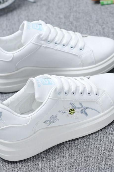 White Floral Embrodiery Shoe
